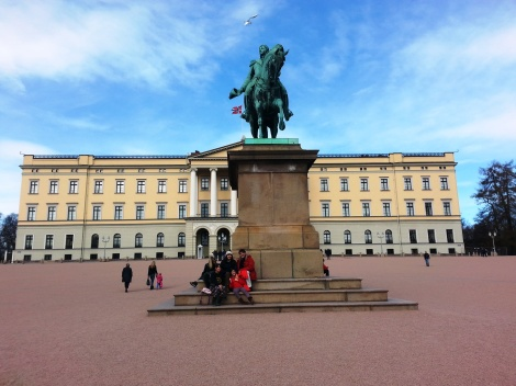 Escultura en Oslo Palacio Real