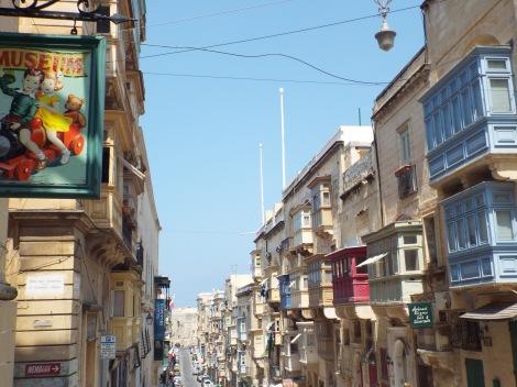 Valletta Turismo Familiar Cuatro a bordo