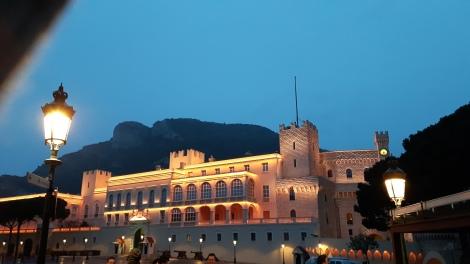 Monaco cuatro a bordo