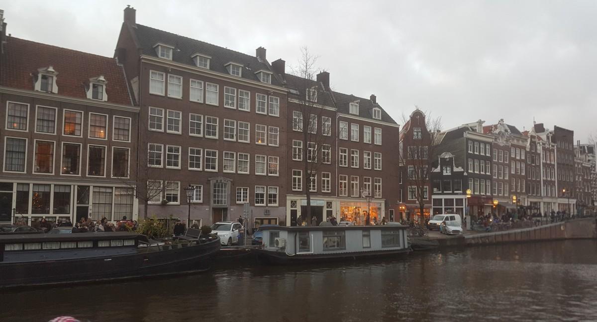 Amsterdam, del rojo al amarillo